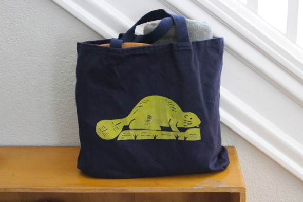 oregon flag tote beaver