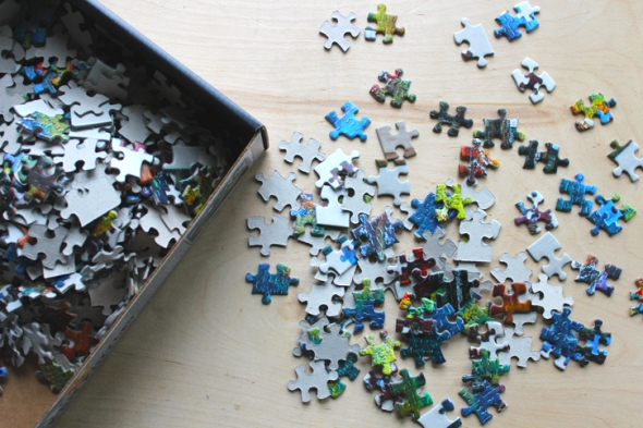 puzzle puzzle box and pieces